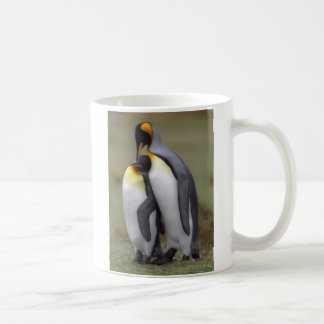 King penguin love coffee mug