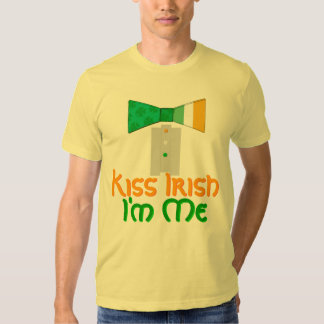 Kiss Irish I'm Me Bow Tie St. Patrick´s Day Party T-Shirt