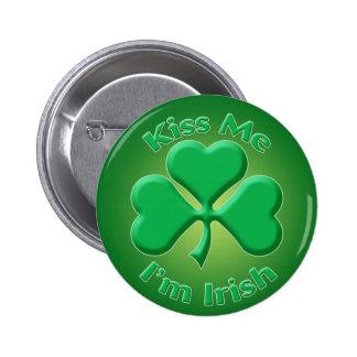 Kiss Me 6 Cm Round Badge