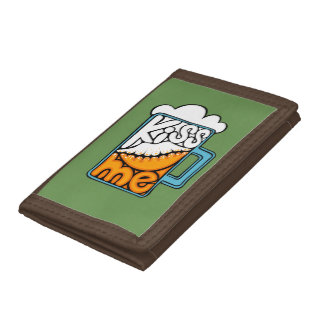 kiss me - beer icon tri-fold wallet