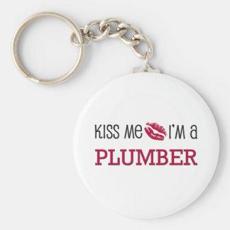 Kiss Me I'm a PLUMBER Basic Round Button Key Ring