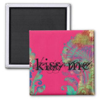 kiss me magnet