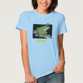 Kiss Me ! Tee Shirts