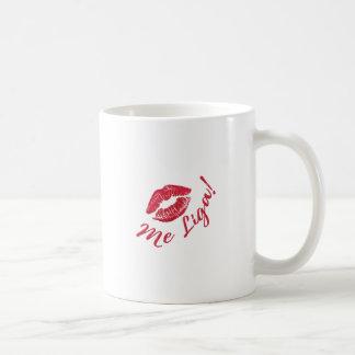 Kisses bind to me coffee mug
