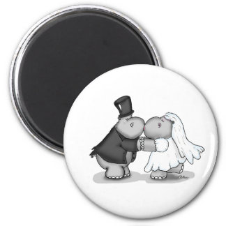 Kissing Bride and Groom Hippos - Personalize 6 Cm Round Magnet