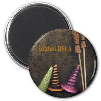 Kitchen Witch 6 Cm Round Magnet