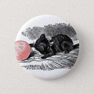 Kitten and Pink Yarn 6 Cm Round Badge