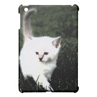 Kitten Elegance iPad Mini Cases