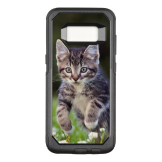 Kitten Running Through Clover OtterBox Commuter Samsung Galaxy S8 Case