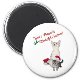 Kitten Wishes For A Purrfectly Wonderful Christmas 6 Cm Round Magnet