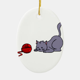 KITTEN WITH YARN CHRISTMAS ORNAMENTS