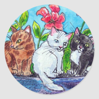 KITTENS IN THE GARDEN CLASSIC ROUND STICKER