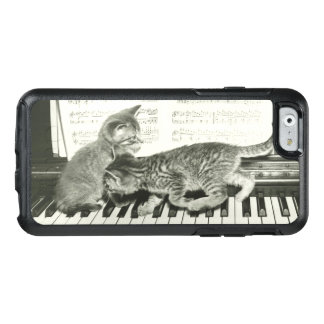Kittens Playing the Piano OtterBox iPhone 6/6s Case