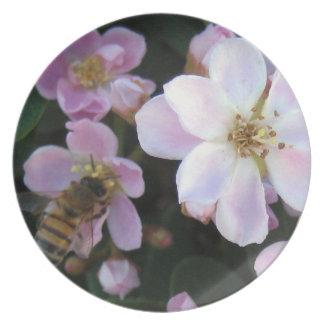 KIW Sparks: Bee Happy Plate