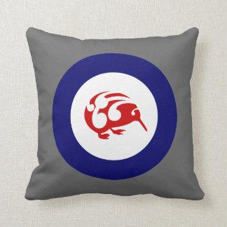KIWI roundel pillow