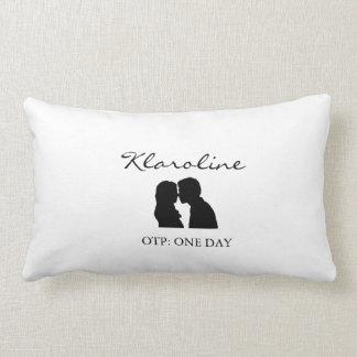 Klaroline Pillow