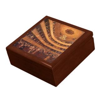 Klimt - The Old Burgtheater Gift Box