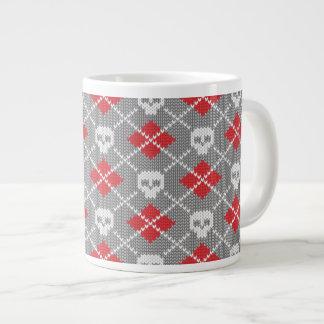 Knitted pattern with skulls jumbo mug