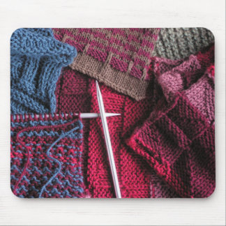 Knitting mouse pad