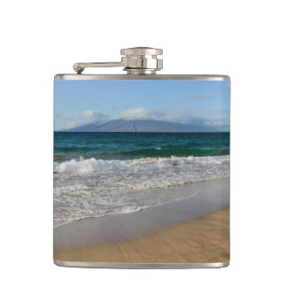Komohana Volcano in Maui Hawaii Flasks