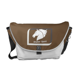 #Kuriertasche medium in brown Weis Commuter Bag