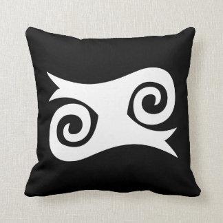 Kwatakye wht cushion