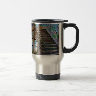La Promenade Travel Mug