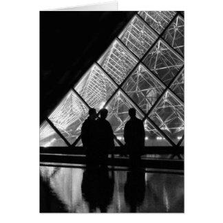 la pyramide à nuit card