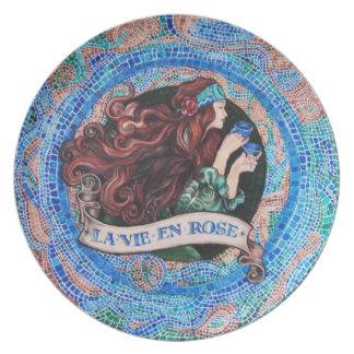 """""""La Vie en Rose"""" Melamine Plate"""