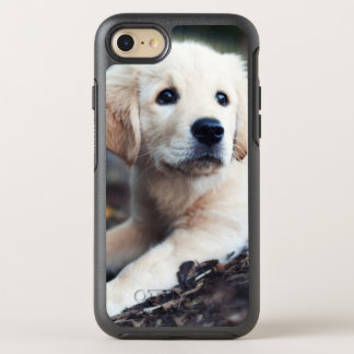Labrador Puppy Playing In The Garden OtterBox Symmetry iPhone 8/7 Case