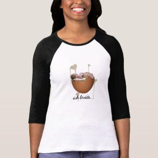 ladies raglan shirt with baby into eischale