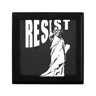 lady-liberty-resist- gift box