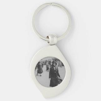 Lady Shopping Black & White Swirl Metal Keychain Silver-Colored Swirl Key Ring