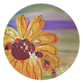 LADYBUG FOLLOW THE LEADER PLATE