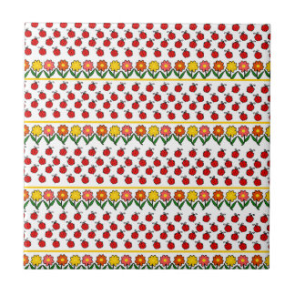 Ladybugs and flowers pattern small square tile