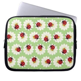 Ladybugs pattern laptop sleeve