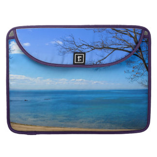 "Lake Erie - Rickshaw Macbook Pro 15"" Laptop Sleeve Sleeve For MacBooks"