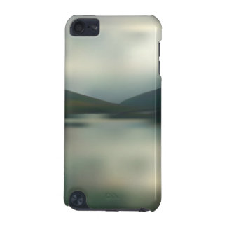 Lake in the mountains iPod touch (5th generation) case