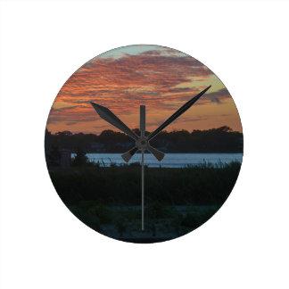 Lake Round Clock
