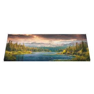 landscape   Mountains Canvas Print