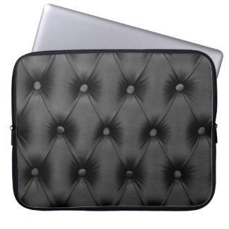 Laptop Sleeve with black capitone