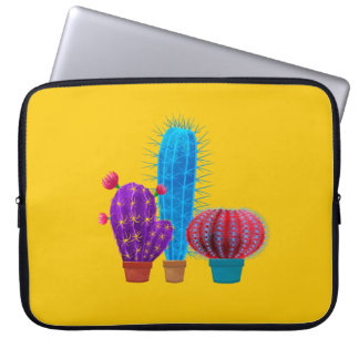 Laptop sleeve with cactus