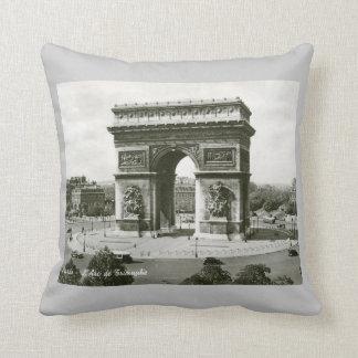 L'Arc de Triomphe, Paris France Vintage Cushion