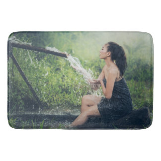 Large Bath Mat with Women bathing motive