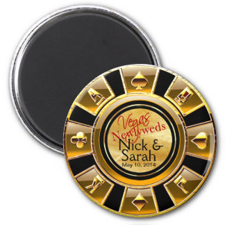 Las Vegas VIP Gold Black Sand Casino Chip Favor 6 Cm Round Magnet