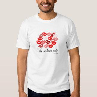 Latin-Catullus Five: 1,000 kisses Tshirts