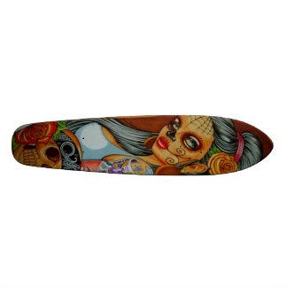 latina Skateboard