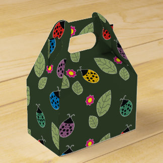 Leaf and beetle favour box