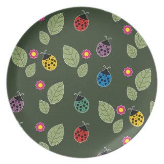 Leaf and beetle plate