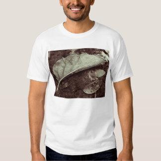 leaf fling t-shirt